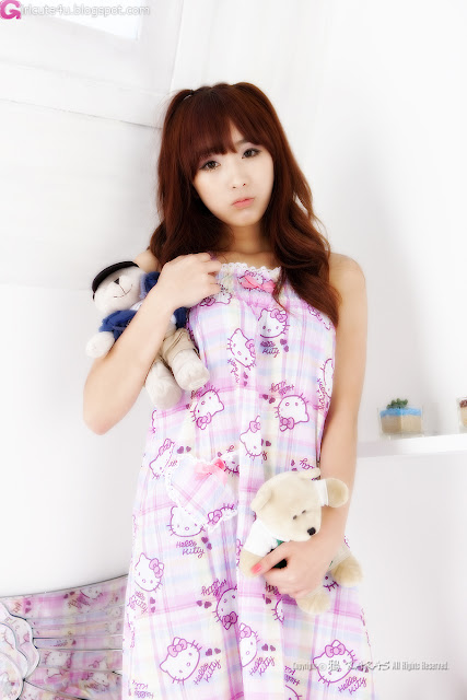 3 Minah and Hello Kitty-Very cute asian girl - girlcute4u.blogspot.com