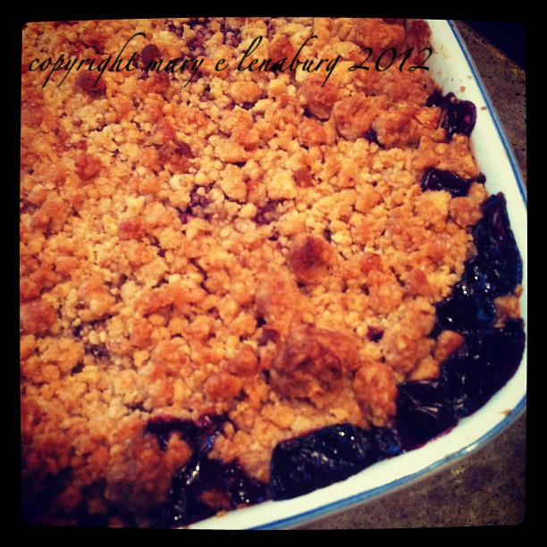 sweet sundays ~ nectarine – blackberry crisp…