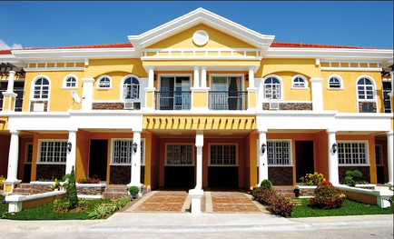 Townhouse in Daang Hari