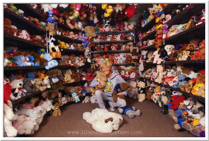 Guinness World Record holder for the largest collection of teddy bears