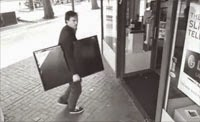 Clever thief steals 42 inch TV