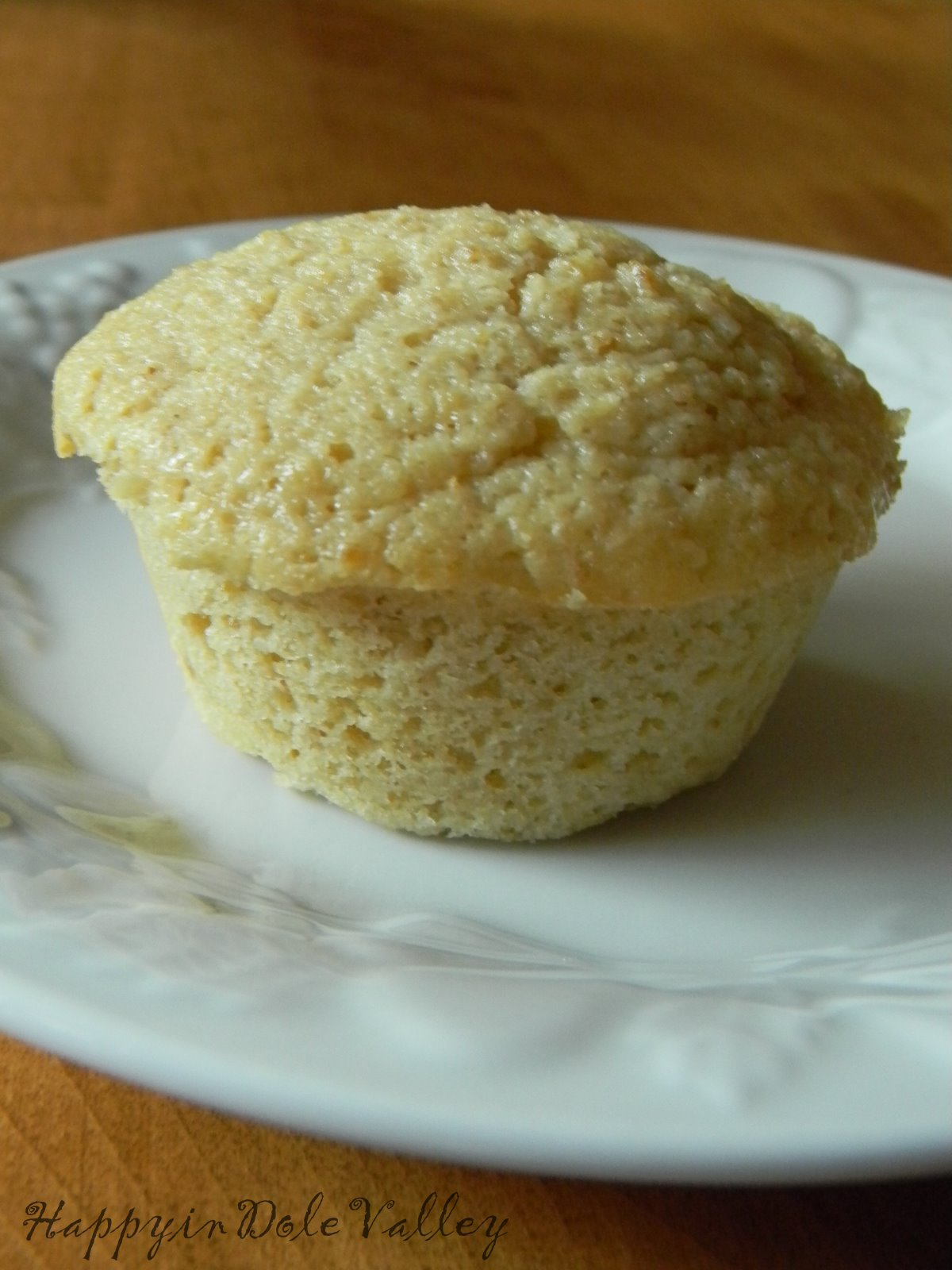 Happy in Dole Valley: Muffin Monday - Super Moist Lemon Yogurt Muffins