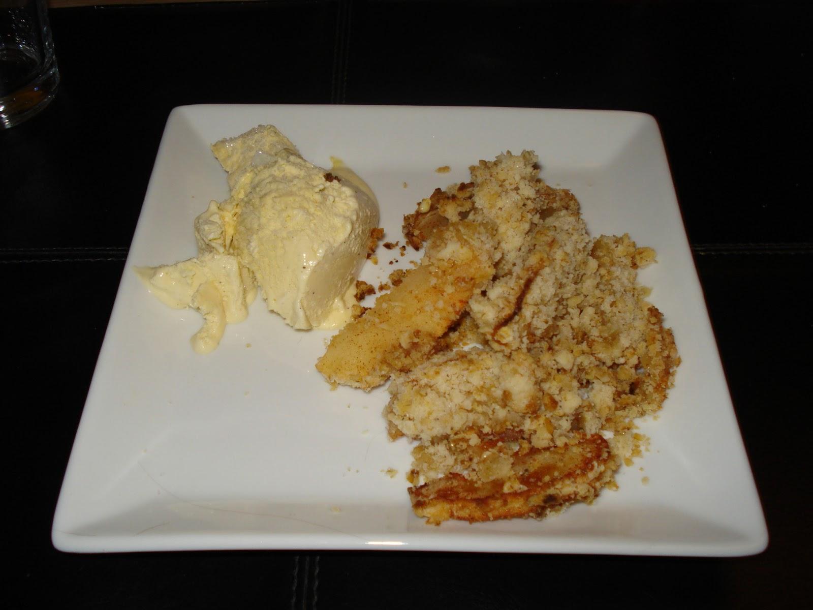 Louises lille madverden: Nem æbletærte med smuldredej - apple crumble