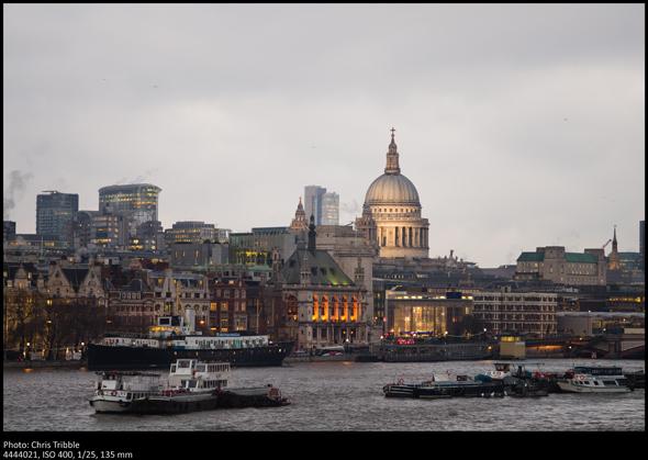 Panorama di città scattato con la Leica M