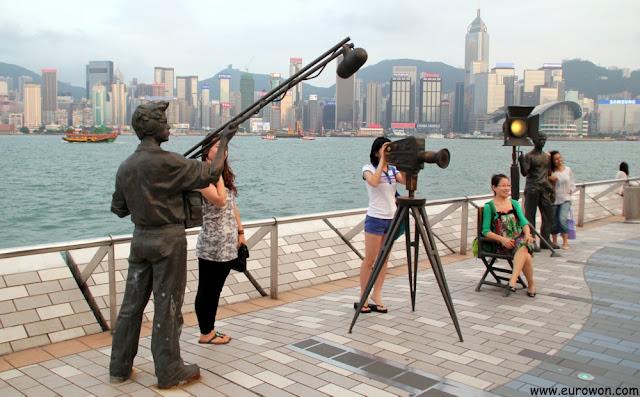 Esculturas relativas al cine en la Avenida de las Estrellas de Hong Kong