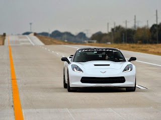 2014-Hennessey-Chevrolet-Corvette-Stingray-HPE600-Toll-Road-Wallpaper