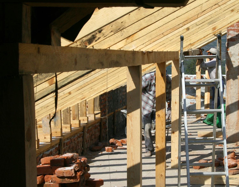 Wood and bricks extending around