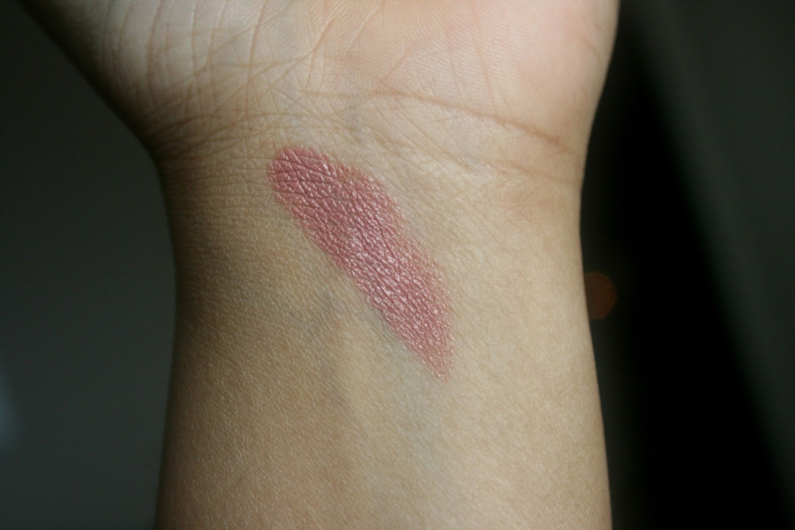 MAC Cremesheen Lipstick in Modesty Swatch