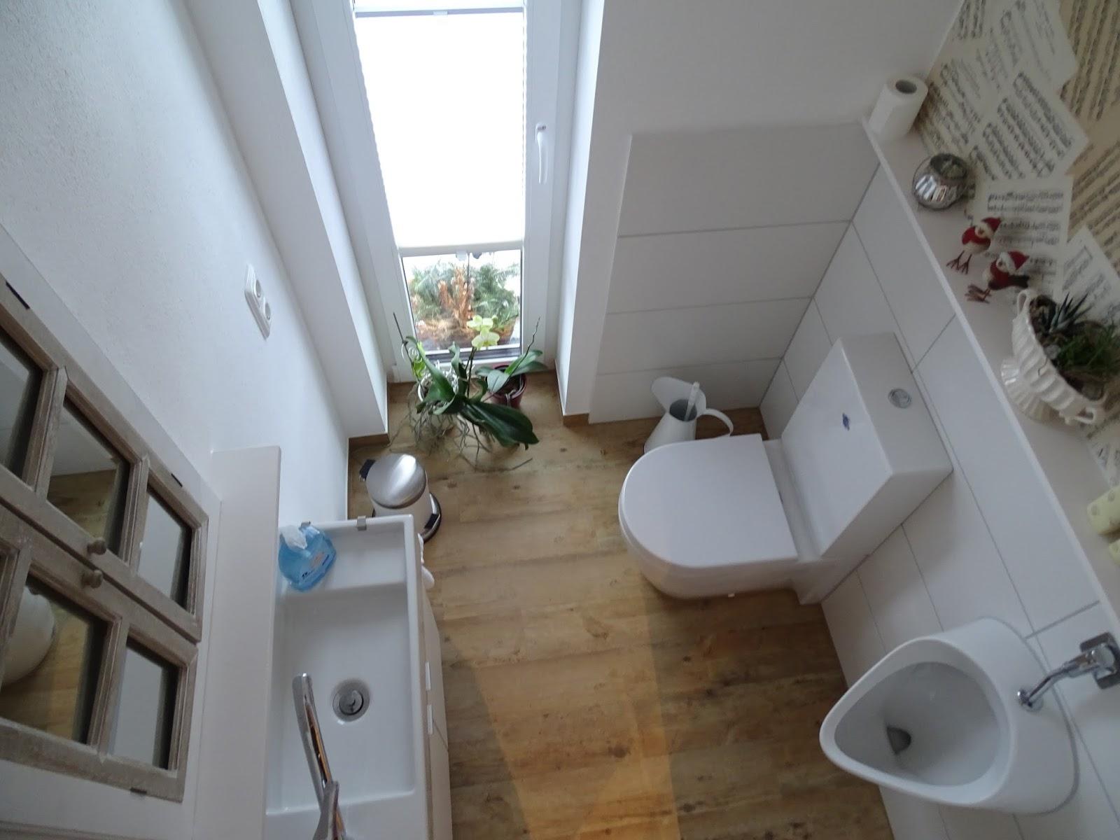 sch ne g ste wc waschtisch mit unterschrank ehoussie. Black Bedroom Furniture Sets. Home Design Ideas