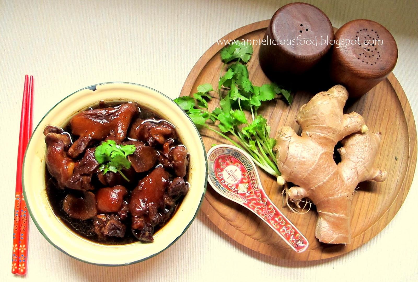 Mdm Chai's Pig Trotter In Vinegar With Ginger (猪脚醋)
