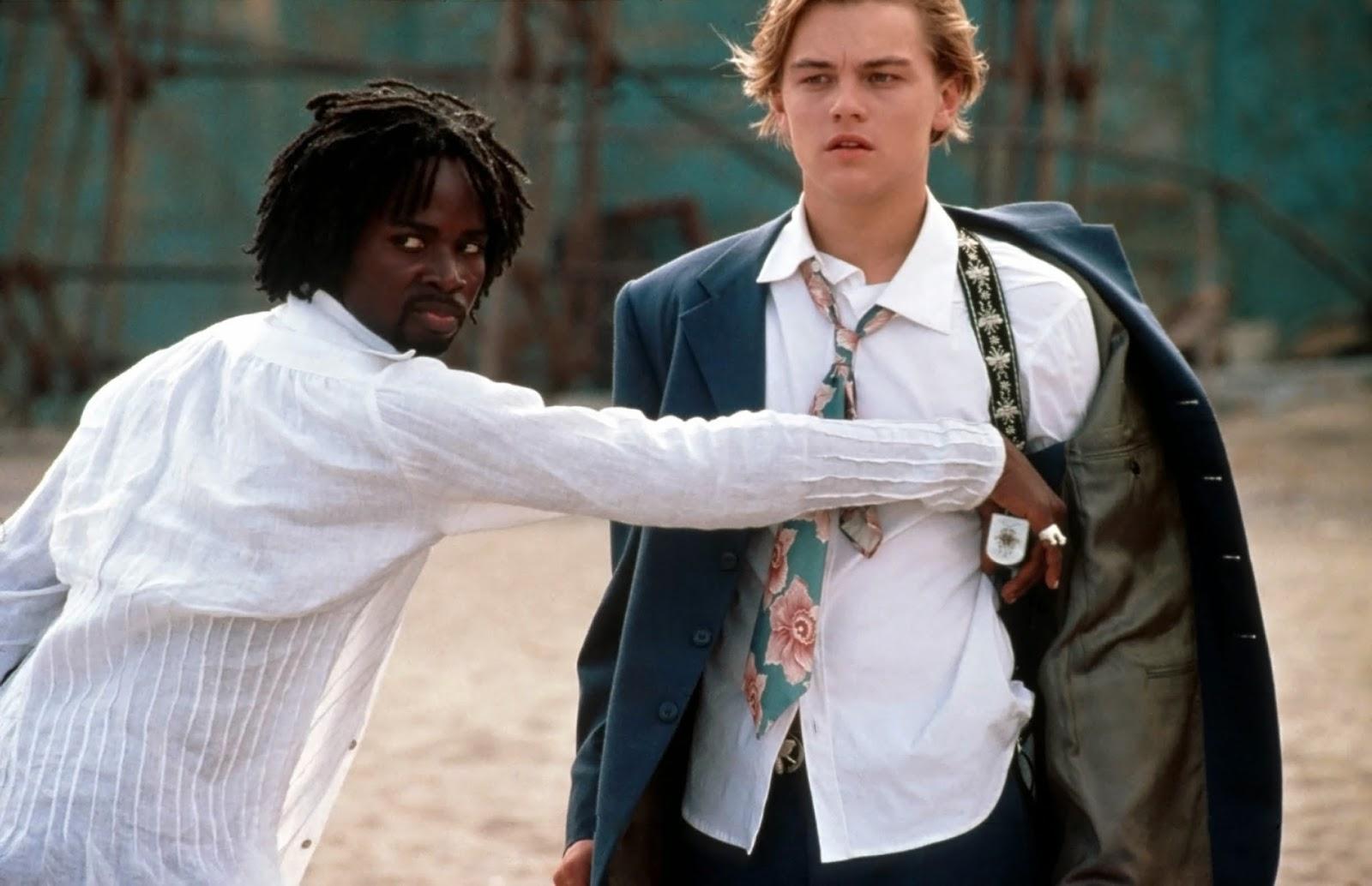 Leonardo DiCaprio as Romeo wears a necktie