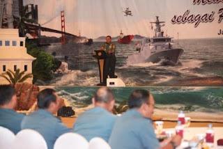 Panglima TNI Menjadi Pembicara Pada Seminar Nasional TNI AL