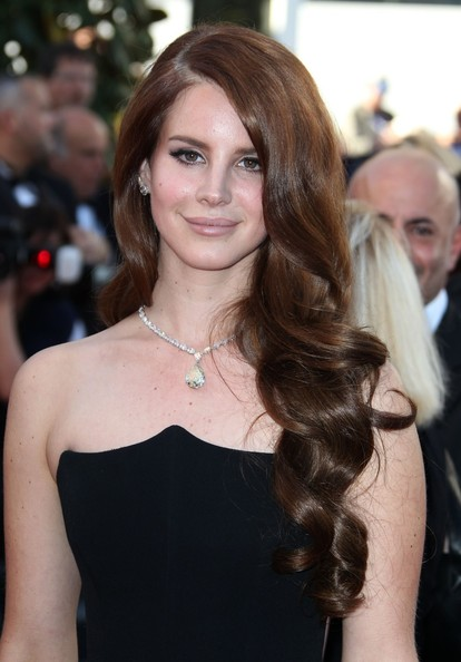 Lana+Del+Rey+may+2012+cannes+festival+Alberta+Ferretti+Fall+2012+gown ...