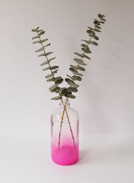 DIY: haz un jarrón con color degradado