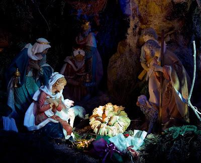 Imagen del Nacimiento de Jesús con María y José en Navidad