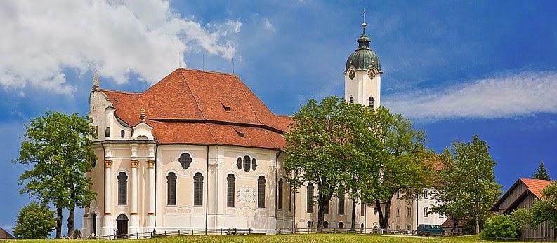 Near the Neuschwanstein Castle : Wieskirche