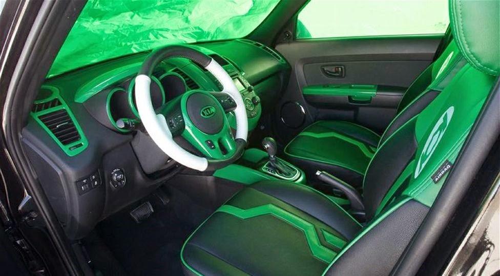 Green Lantern Vs Kia Soul The Battle For Road Supremacy
