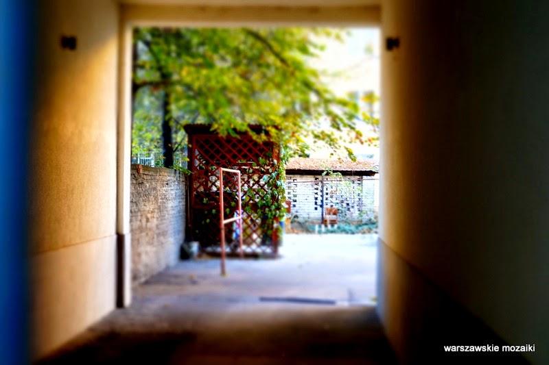 brama podwórko Warszawa Stary Mokotów kamienica kamienice ulica zabytek lata 30 Sigalin Gelbard Wierzbicki brama