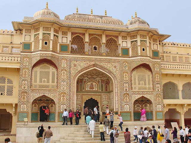 Belle façade ouvragée au palais d'Amber