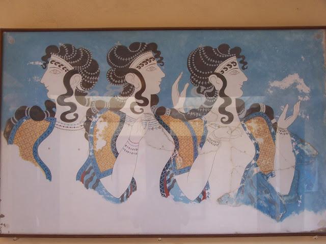 Mavi Kadınlar freski; Knossos Sarayı