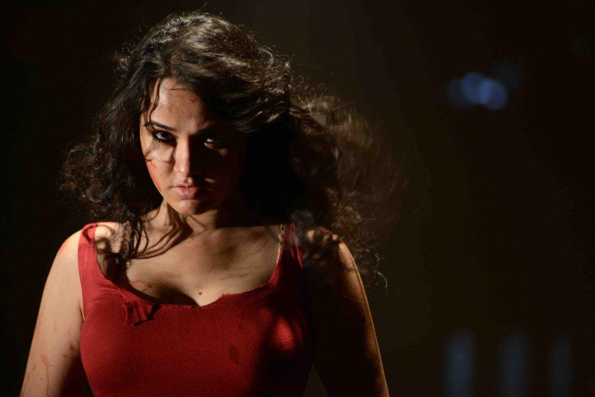 Nisha Kothari photos from Criminals movie-HQ-Photo-3