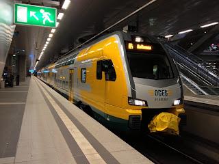 Regionalverkehr + Bahnindustrie: Ostdeutsche Eisenbahn hat ihren Fuhrpark komplett  Der letzte Triebwagen wurde mit einem halben Jahr Verspätung geliefert. Ohne die neuen Züge gab es regelmäßig Verspätungen. Auch wenn sich die Pünktlichkeitswerte der Odeg zuletzt verbessert hatten., aus Berliner Morgenpost