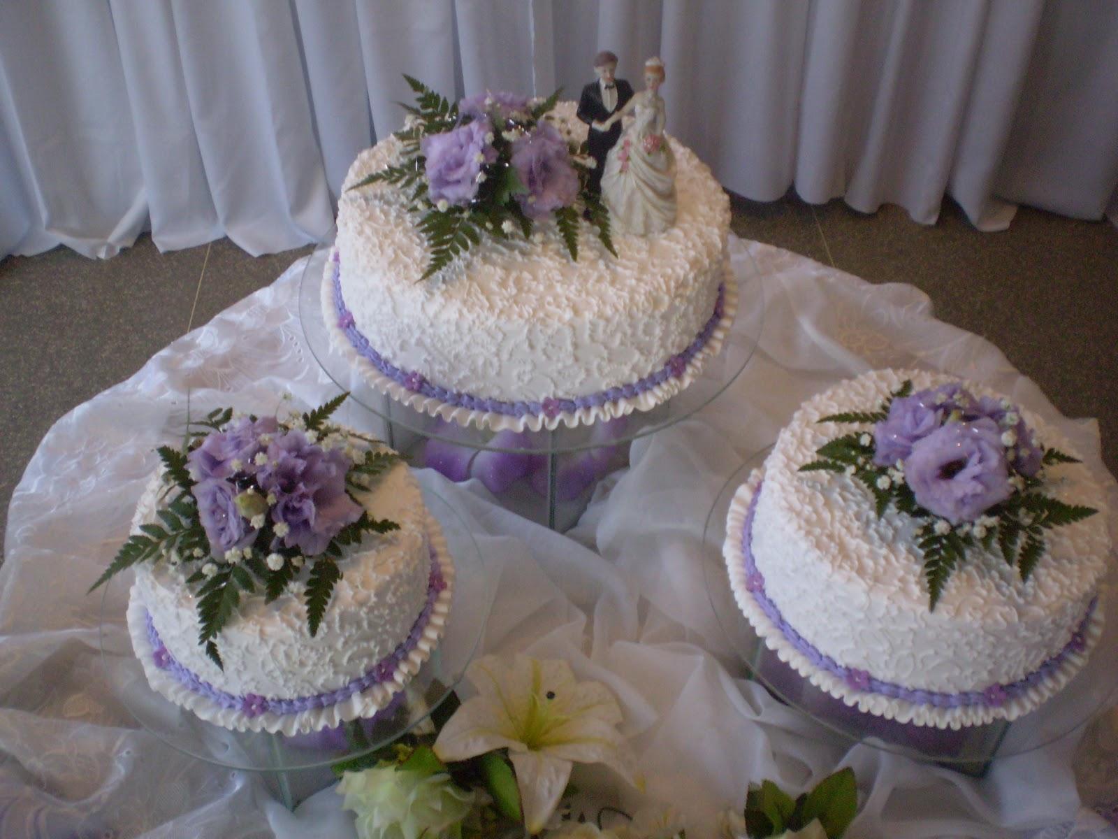 Aline Decorações Casamento  Lilás com Branco