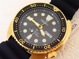 SEIKO TURTLE PROSPEX AUTOMATIC DIVE WATCH WITH GOLDTONE CASE - SEIKO SRPC44