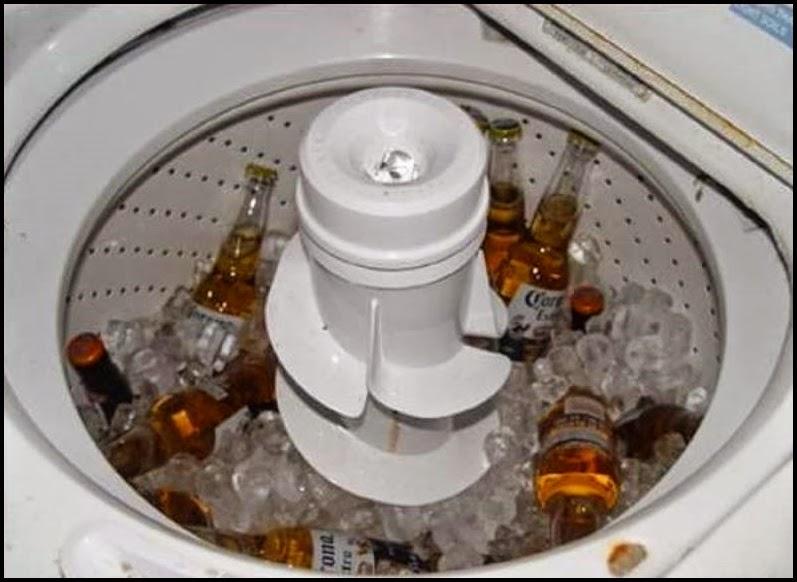 Cervezas enfriandose en lavadora