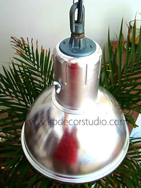 comprar lamparas de techo vintage industrial para decorar un negocio showrrom estilo nordico