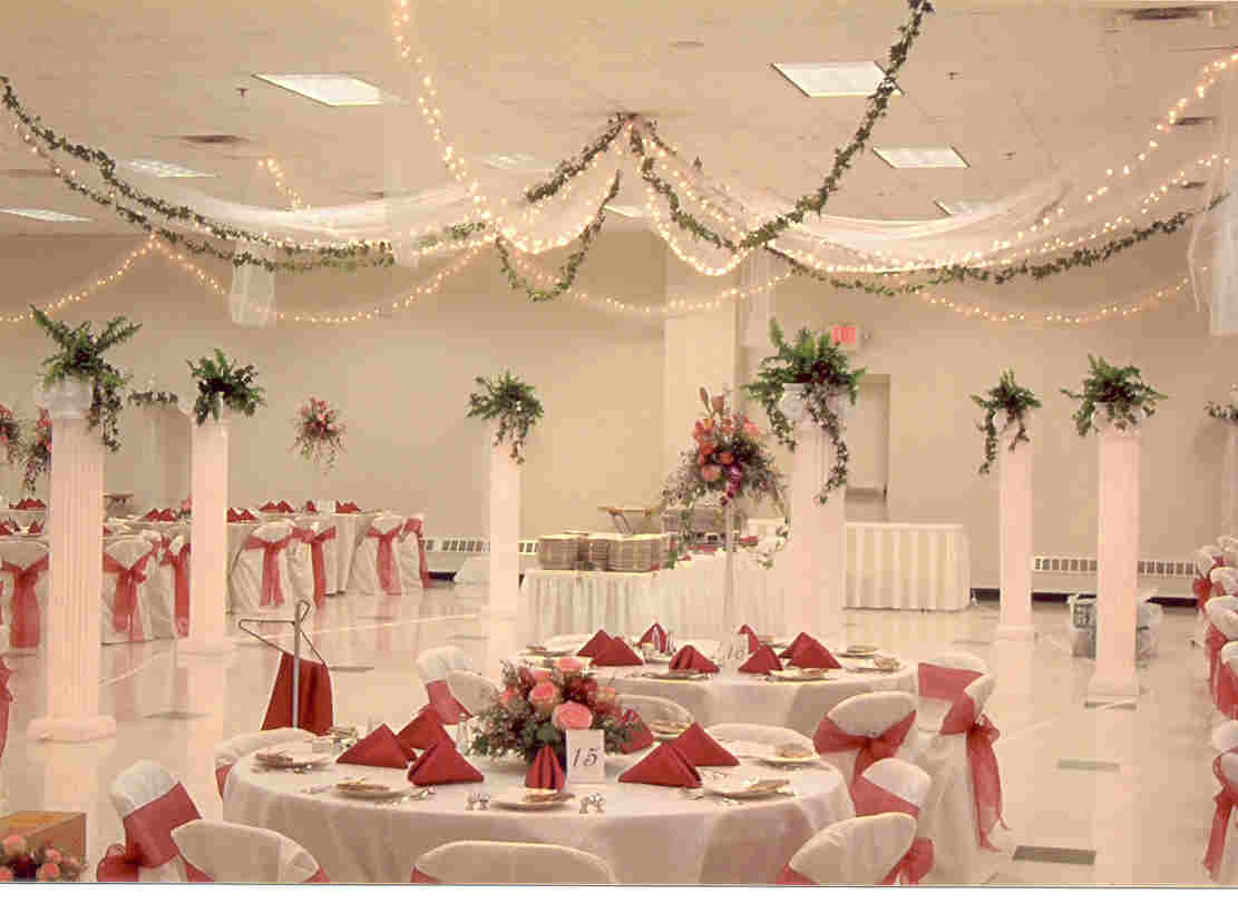 Cheap wedding decoration ideas wedding decorations for Decoration hall