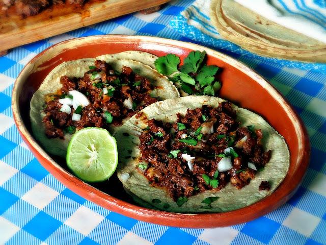Tacos de Barbacoa de Res - lacocinadeleslie.com