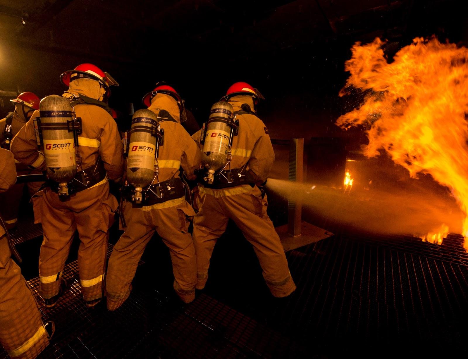 paul davis on crime cool navy photo u s navy sailors firefighters