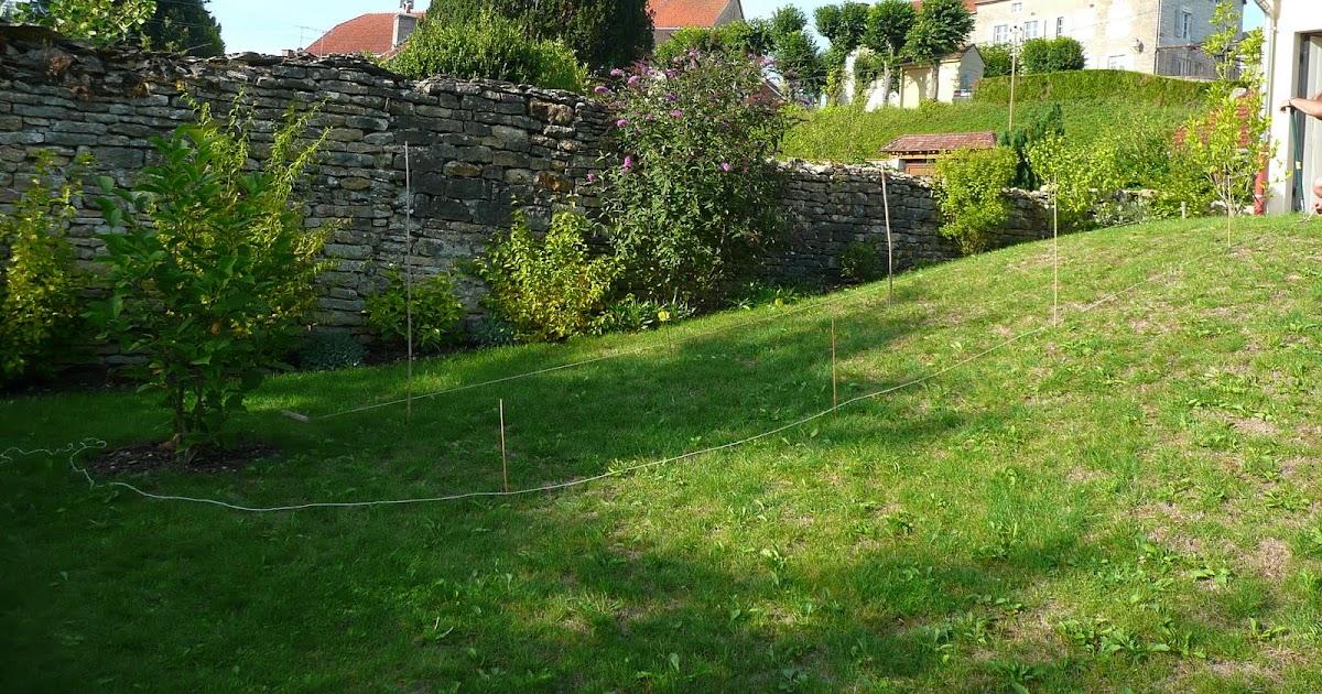 Notre jardin secret panique au jardin for Au jardin secret