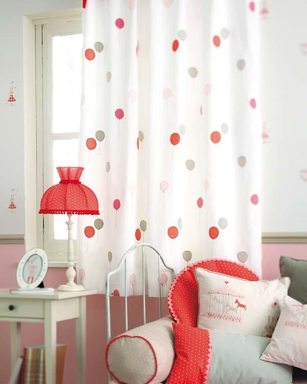 Telas y revestimientos para dormitorios infantiles for Telas para cortinas infantiles