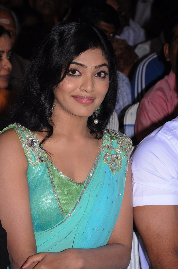 Hot Tamil Actress Rima Kallingal New Photospicsstills Picture Wallpaper