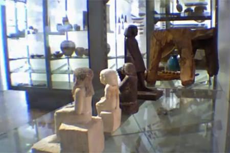 [+Video] Reliquia egipcia se mueve sola