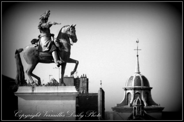 Statue Louis XIV Versailles Notre Dame