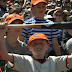 Mike Trout gives bat to young Giants fan hit by foul ball (Video)