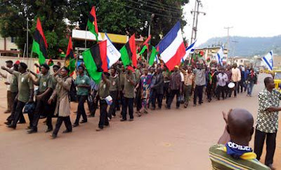 People take to the street in Protests over rADIO BIAFRA Nnamdi Kanu arrest.