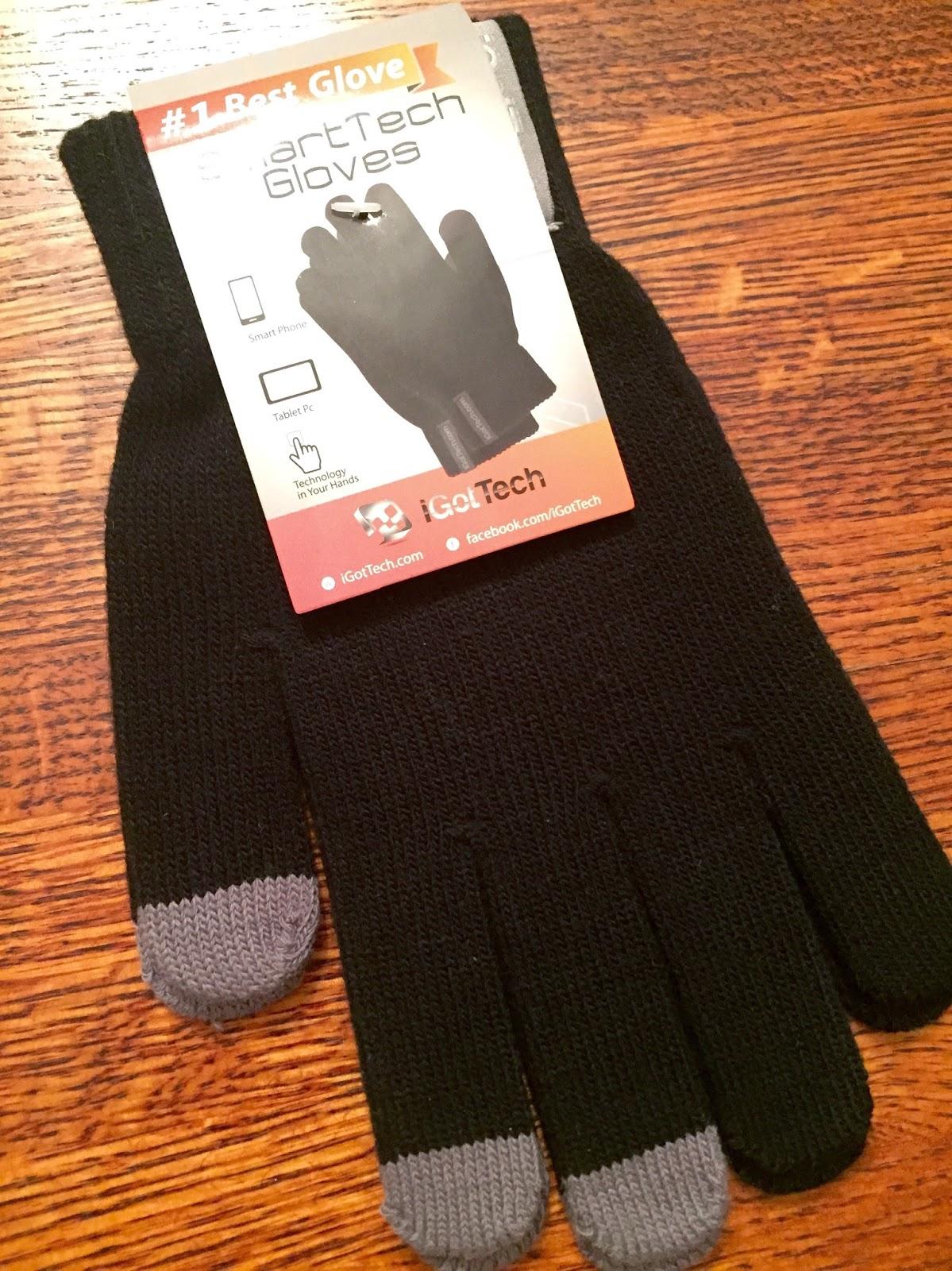 black-gloves-grey-fingers
