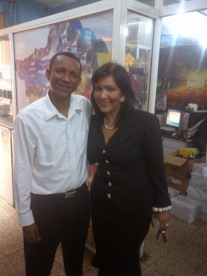 Geanilda Vásquez ofrece respaldo a Rafelo Berroa para la alcaldía del municipio de Palenque