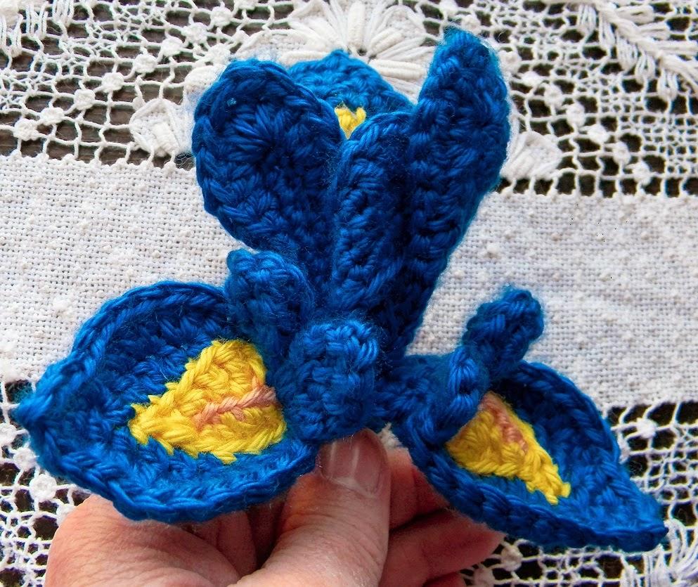 Yarn Scrap Ideas - Crocheted Iris