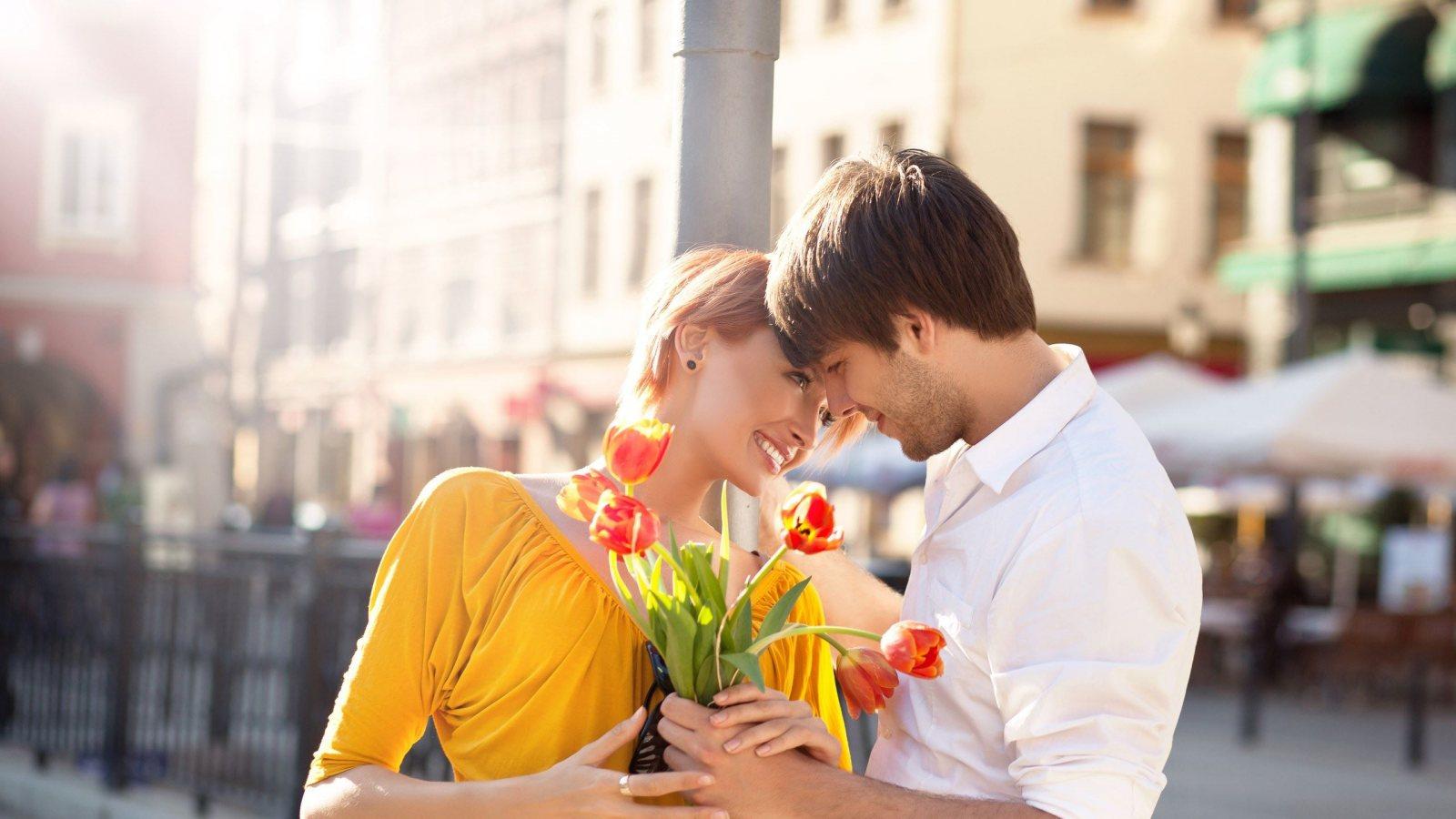 http://2.bp.blogspot.com/-jZa_0kkLIC0/UE_7LB13VuI/AAAAAAAAGOk/zHr6gj__r6Y/s1600/beautiful-in-love-couple-1600x900.jpg