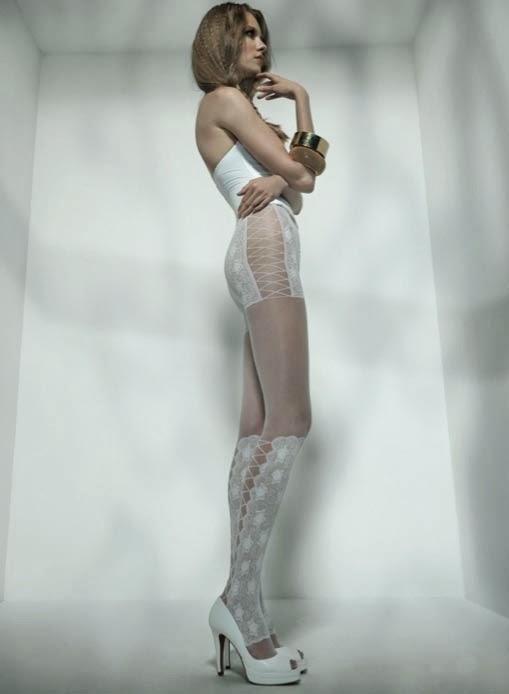 medias blancas de novia