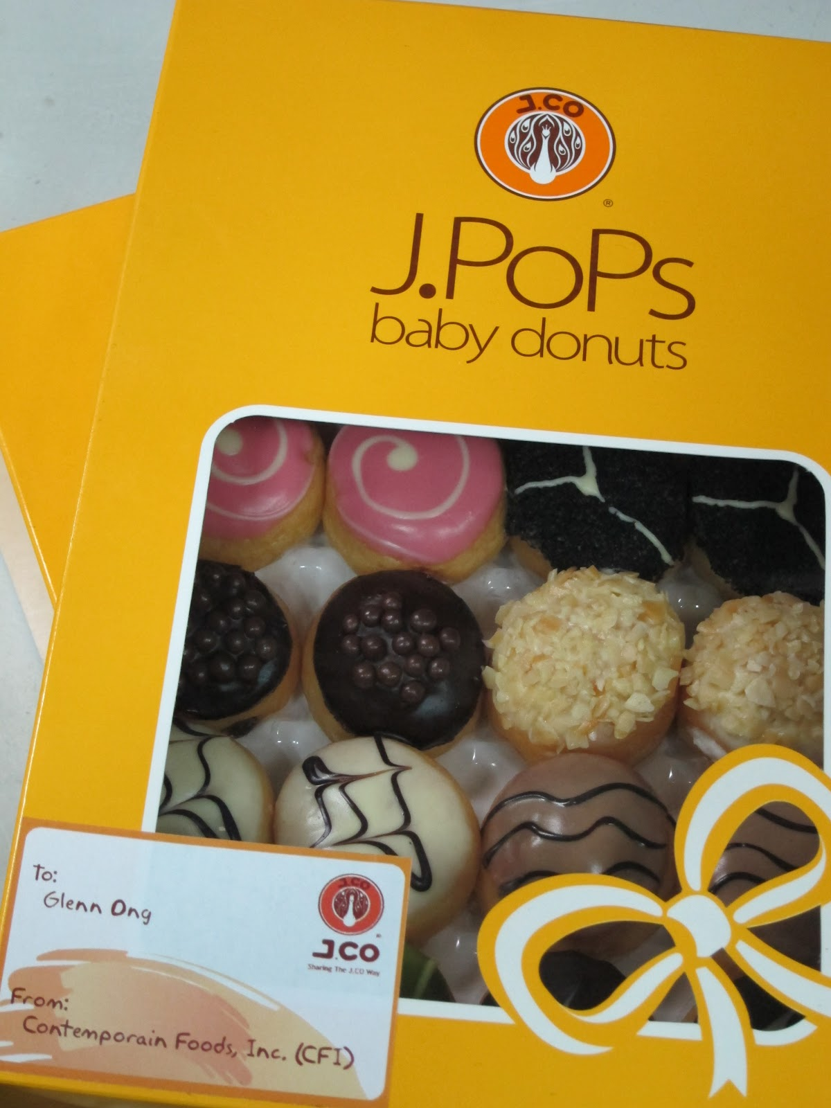 J.POPS Baby Donuts from J.CO Donuts and Coffee... Soon ...
