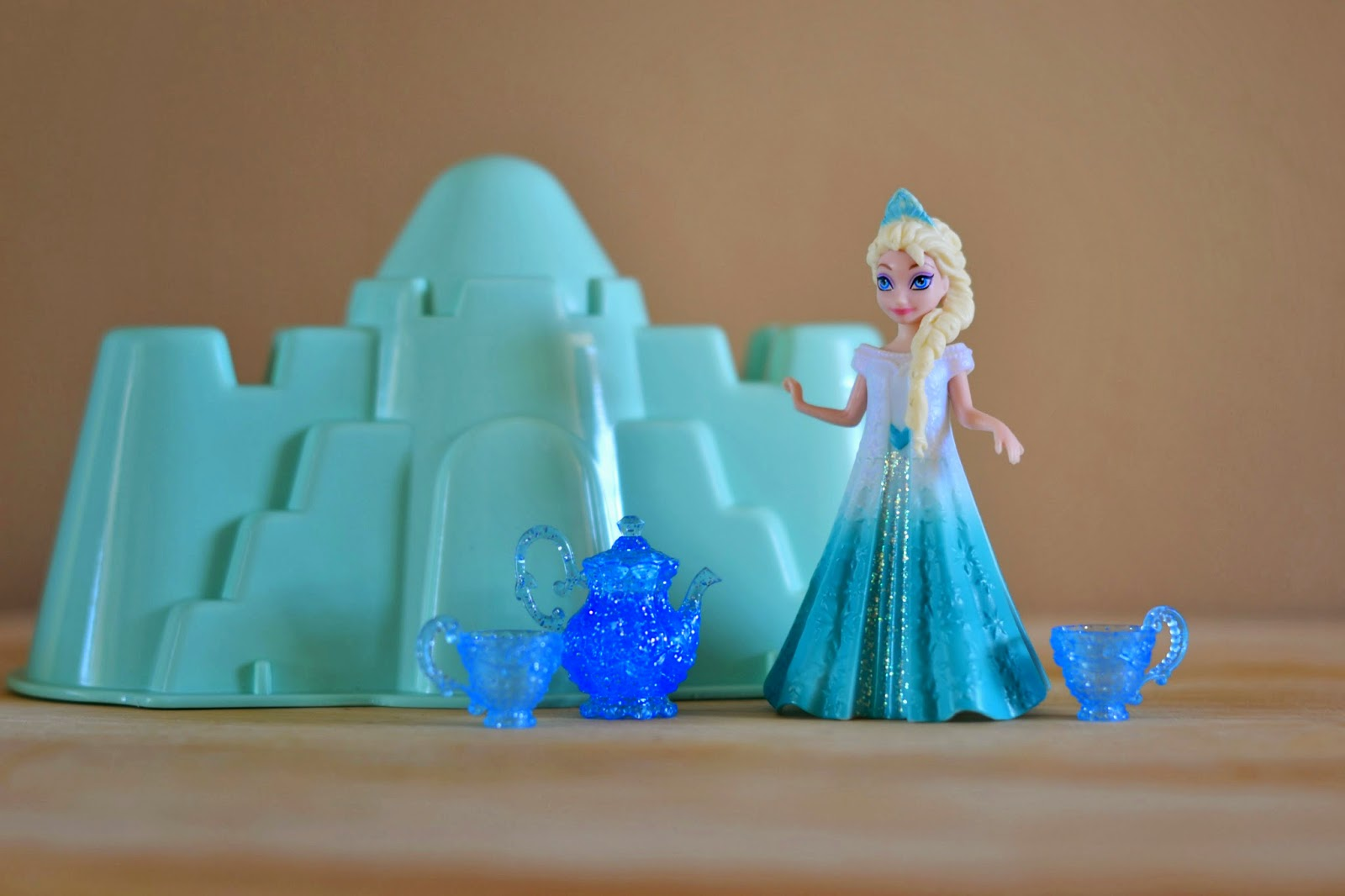 Mommy Testers, Frozen Ice Dig, Frozen party activity, Frozen kids activity, Frozen summer activity, Disney Frozen Activity