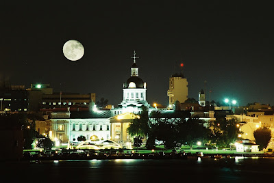 kingston, ontario, night, hotels, city hall, history, culture, getaways, ontario