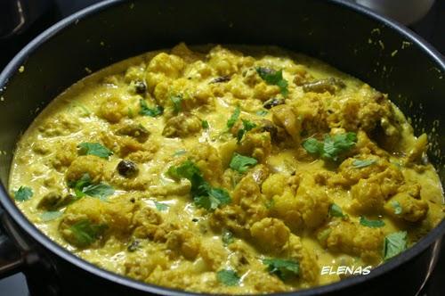 indisk vegetarisk gryta med blomkål