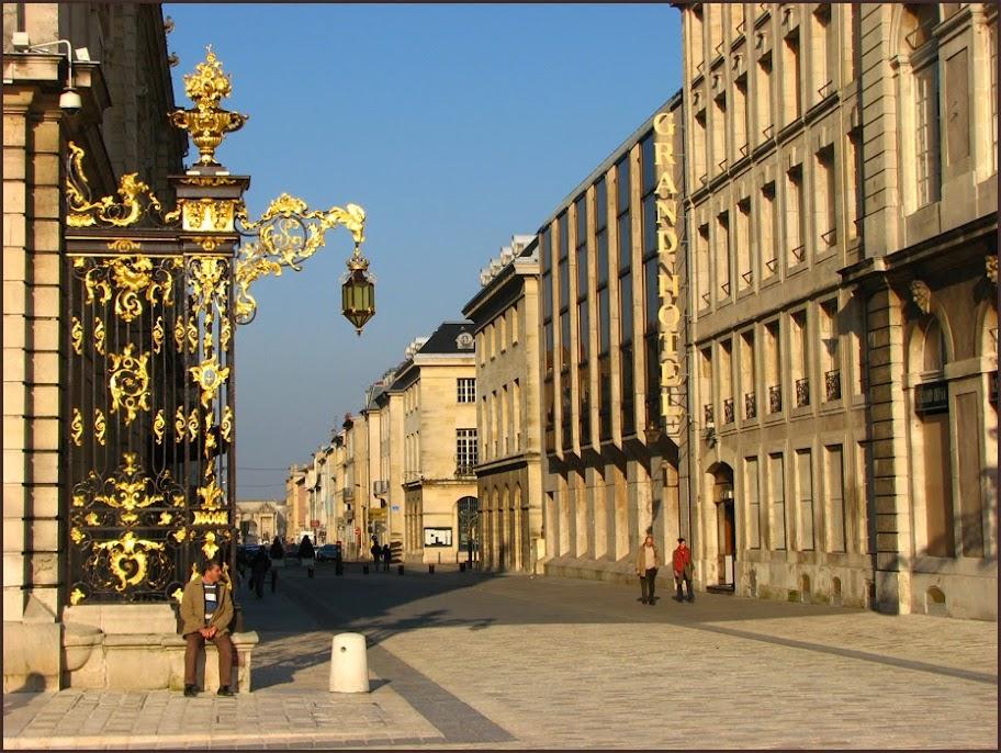 Cergipontin nancy la place stanislas for Rue catherine opalinska nancy